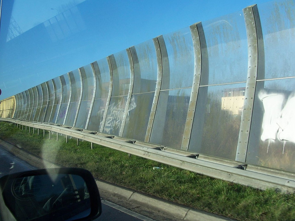 applications/architectural/architectural-acoustic-barriers-2.jpg
